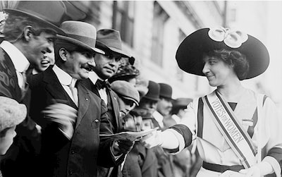 Inez Milholland campaigns for women's right to vote. New York, 1912.